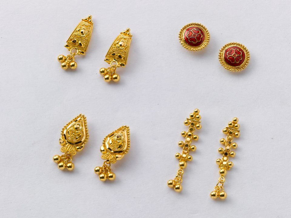 Fabulous ear tops from the gold factory | Beautiful gold earrings ...