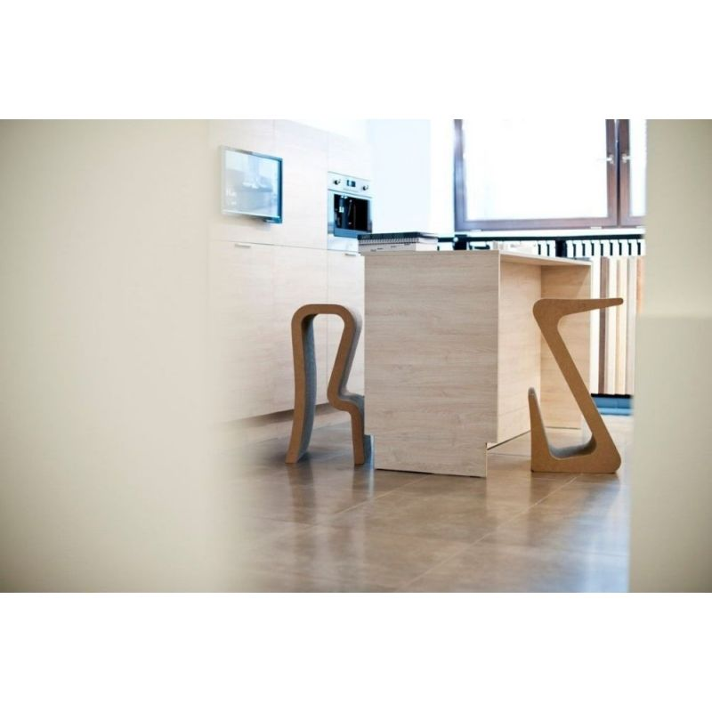 Z NATURAL barová dizajnová stolička inšpirovaná WIGGLE SIDE CHAIR