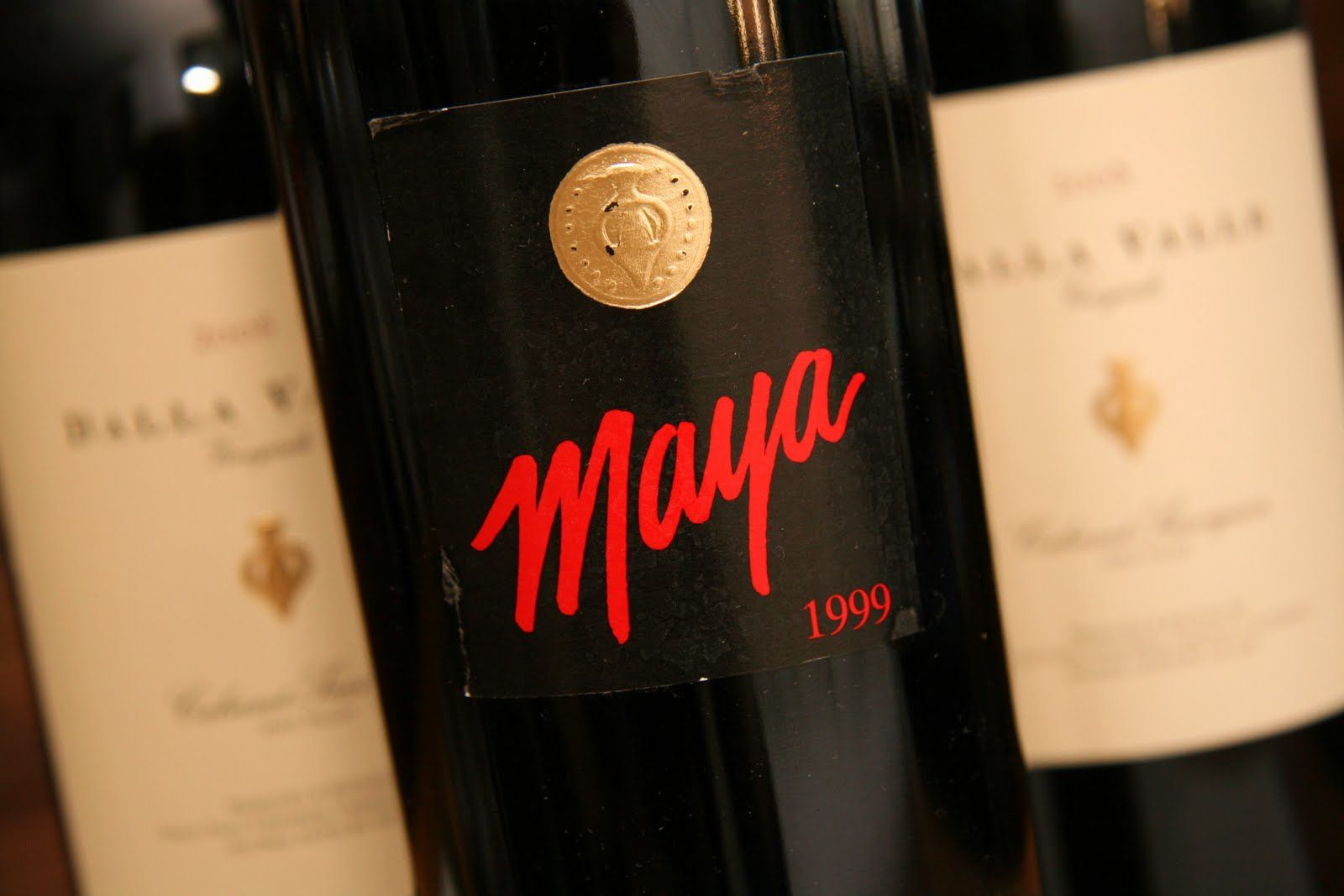 One Of The Most Elegant Cabernet Wines Of Napa Valley Is The Maya Of Dalla Valle Although Very Rare And Seldom T Cabernet Wine Wine Bottle Home Wine Cellars