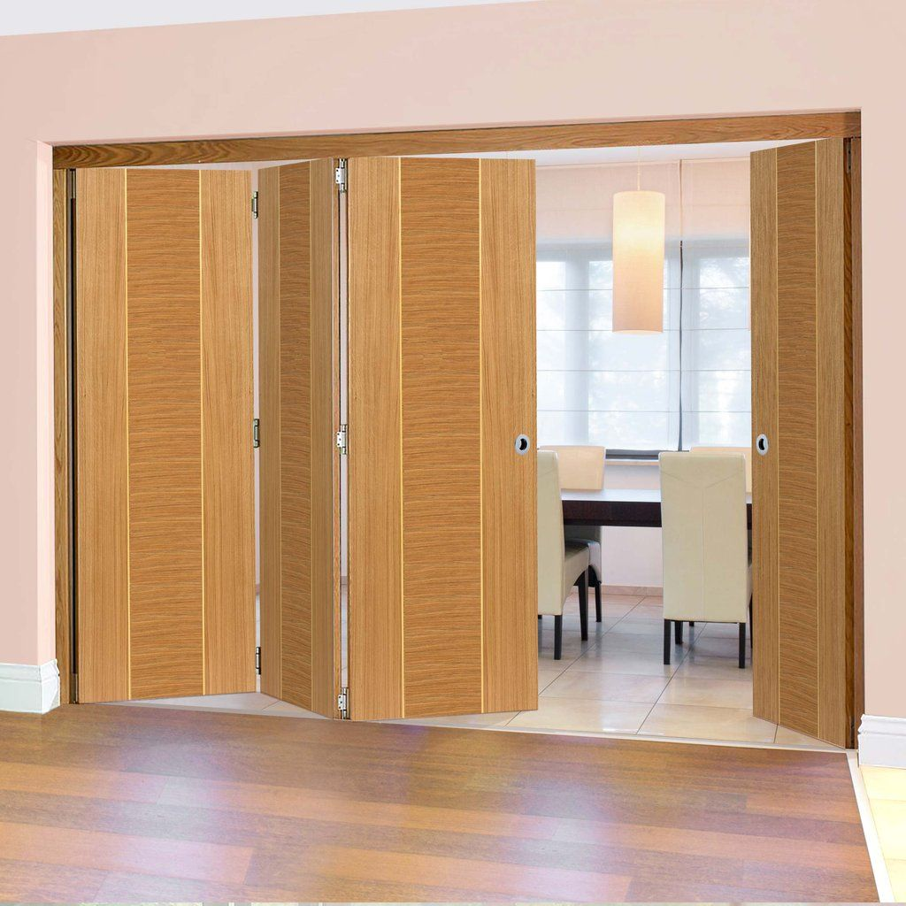 Thrufold Venus Oak 3+1 Folding Door - Prefinished.    #oakdoors #flushdoors #foldingdoors #internalfoldingdoors #bifolddoors #thrufoldoors #roomfold