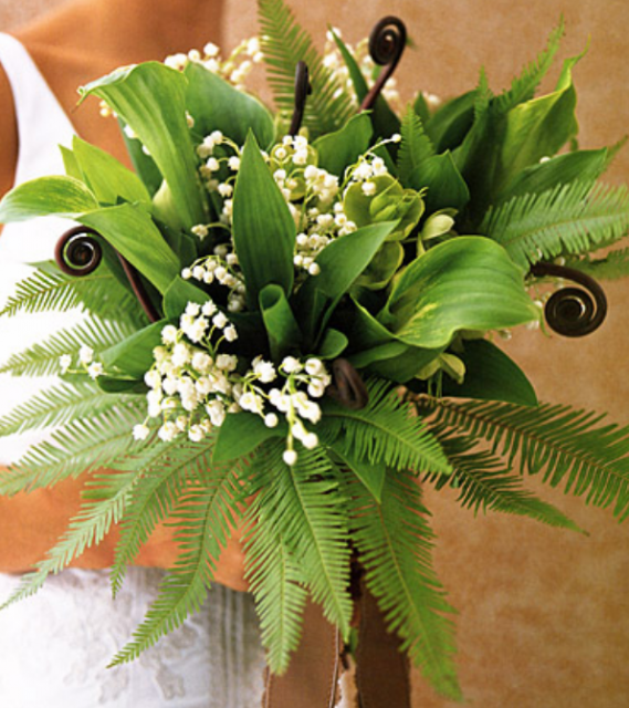 Green wedding bouquet with small white flowersPNG projects
