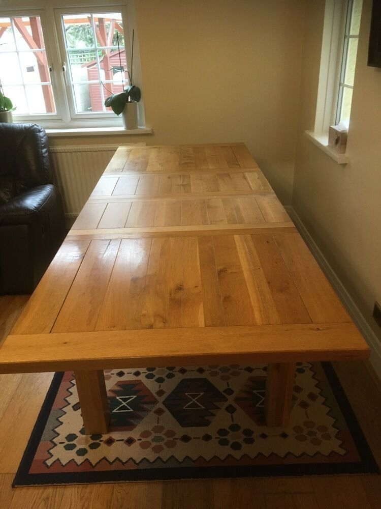 Astonishing An Extendable Solid Oak Dining Table And 8 Chairs In Used Creativecarmelina Interior Chair Design Creativecarmelinacom