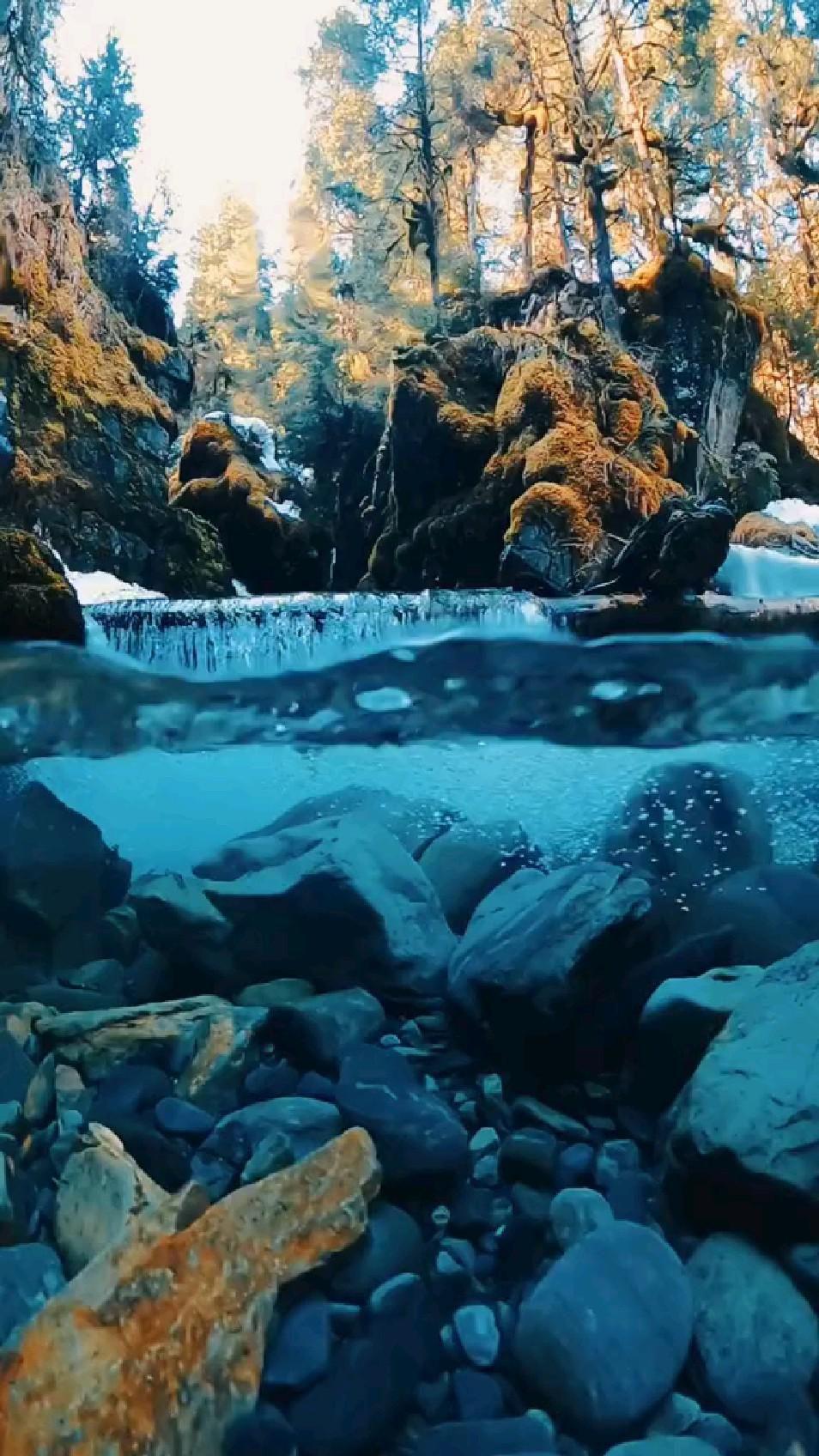 Alaska Waterfall 😍 So pretty✨