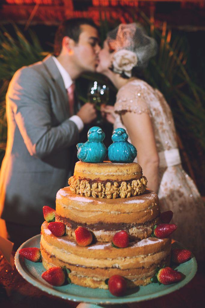 Um brinde a incrível força do destino! Our wedding! #nakedcake #cake #wedding Brazilian Country wedding