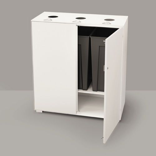 Cubo de basura para reciclaje primo by takiro yuta for Cubos de reciclaje ikea
