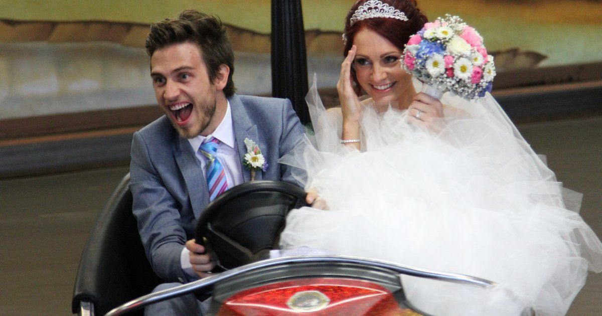 Weddings cost what?! Here's how much to budget and save for your big day.