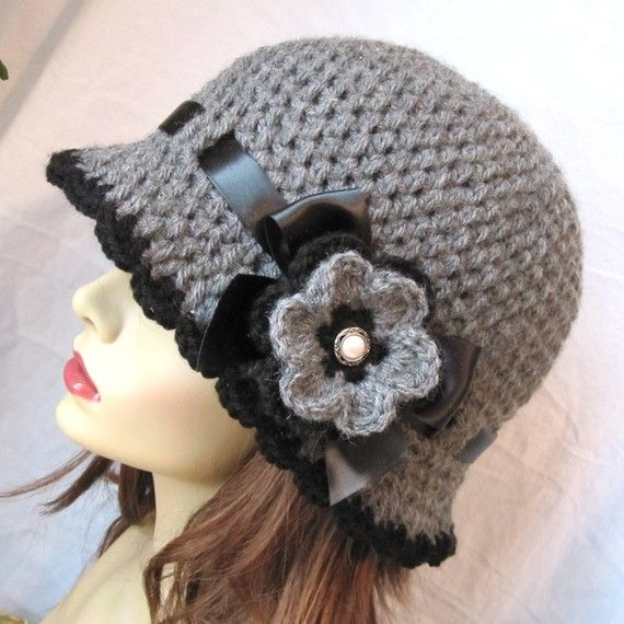 Sombrero del chic Crochet mujer sombrero Cloche gris. Hilado de ...