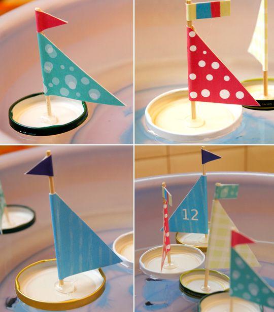 fabriquer un petit bateau enfant on joue pinterest petit bateau bateaux et enfants. Black Bedroom Furniture Sets. Home Design Ideas