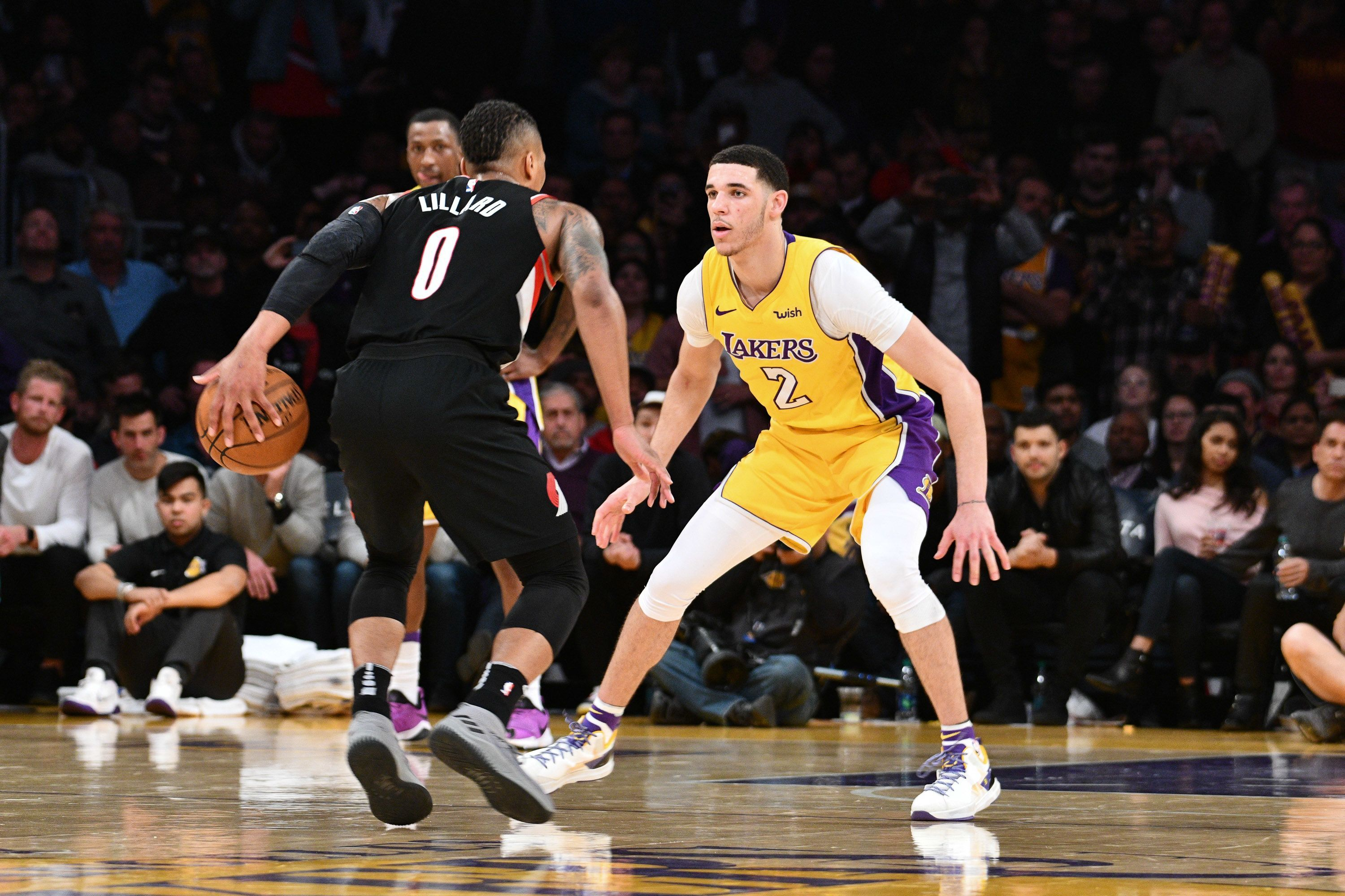 Los Angeles Lakers Lonzo Ball S Absence Shows How Important He Is For The Team Lonzo Ball Los Angeles Lakers Lakers
