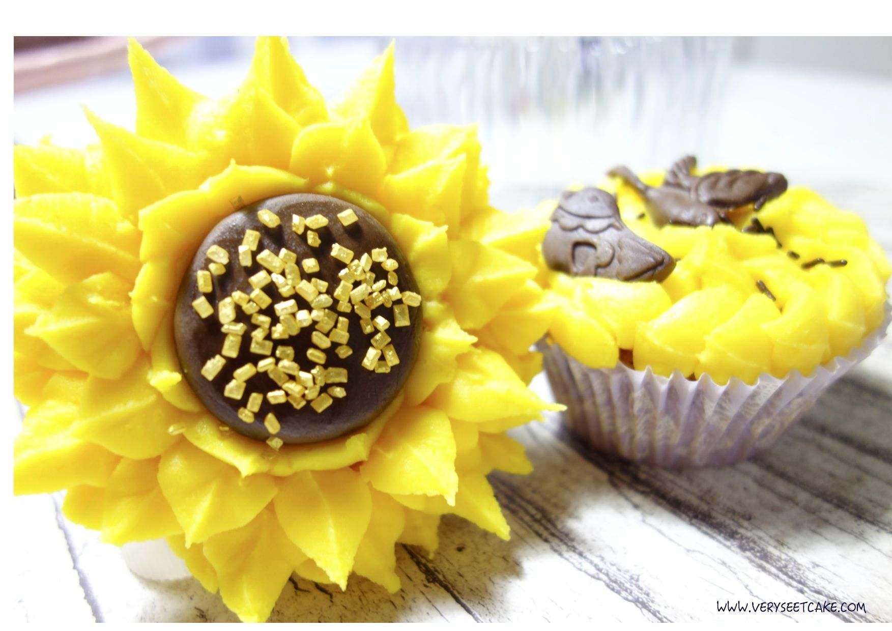 Cupcake girasol del curso de cupcakes avanzado apuntaté en www.verysweetcake.com