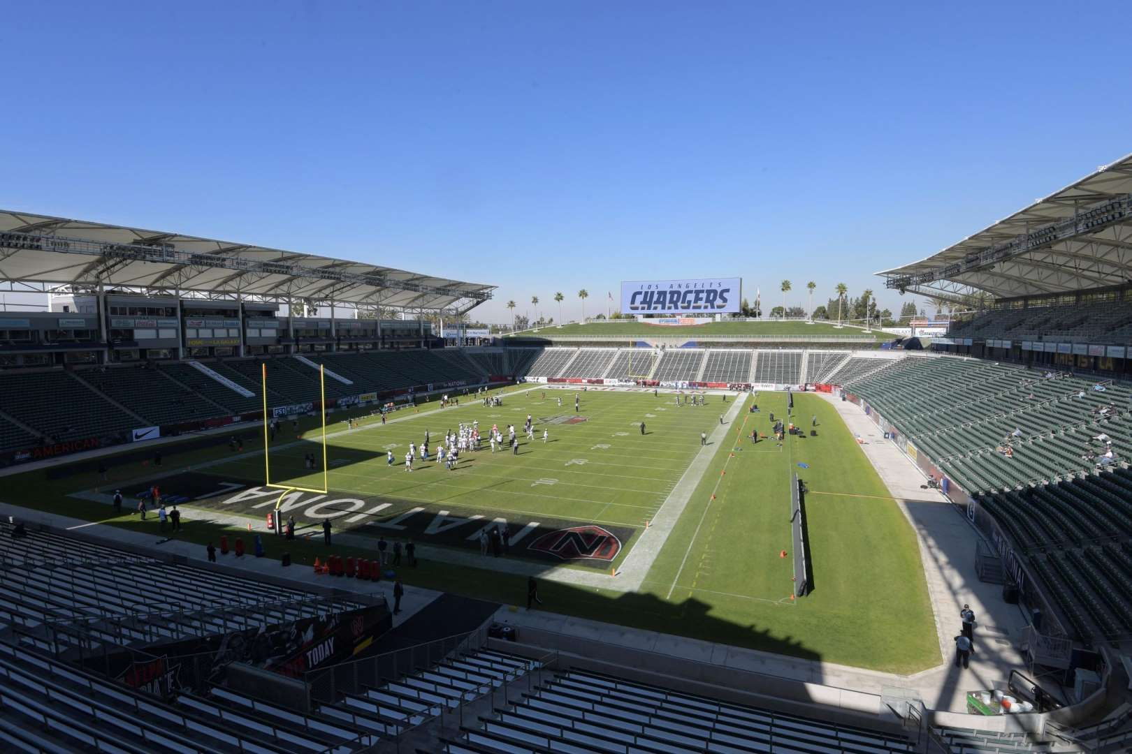 Ranking Every Nfl Stadium 17 Stubhub Center Los Angeles Chargers The Chargers Will Play In A Soccer Stadium For Nfl Stadiums Stadium Los Angeles Chargers