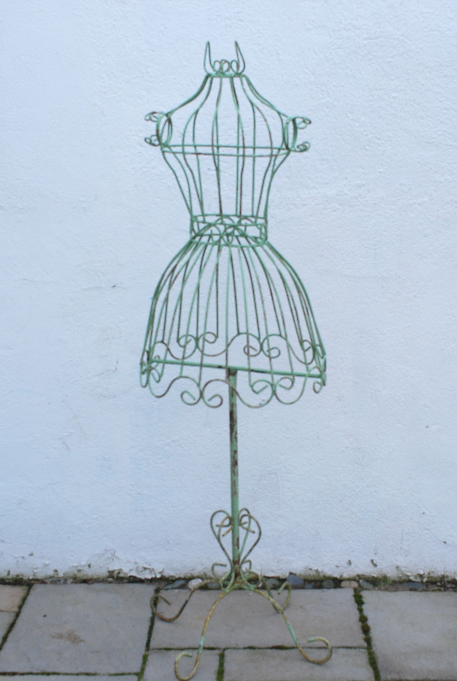 I really want one of these antique wire dress forms!! | Organization ...