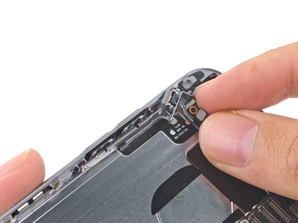 botones control volumen iphone 6 http://naranjacenter.es/tutoriales/guia-de-reparaciones/cambio-de-los-botones-de-control-de-volumen-del-iphone-6/