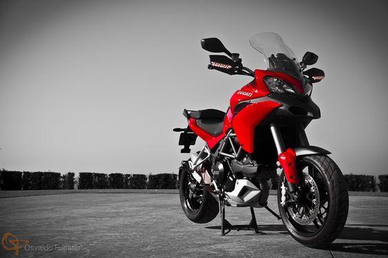 Uma moto por dia: Dia 212 – Ducati Multistrada #umamotopordia #osvaldofuriatto