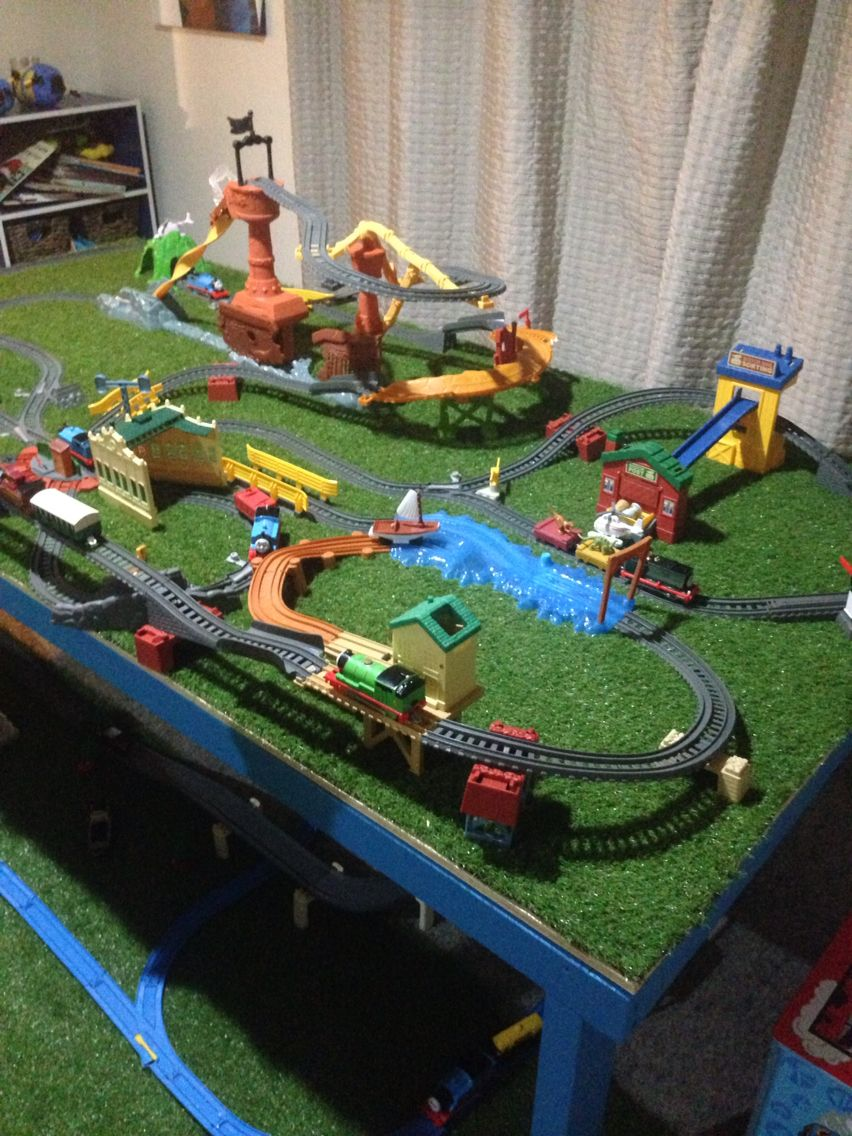 Thomas trackmaster train sets combined | Thomas train ...
