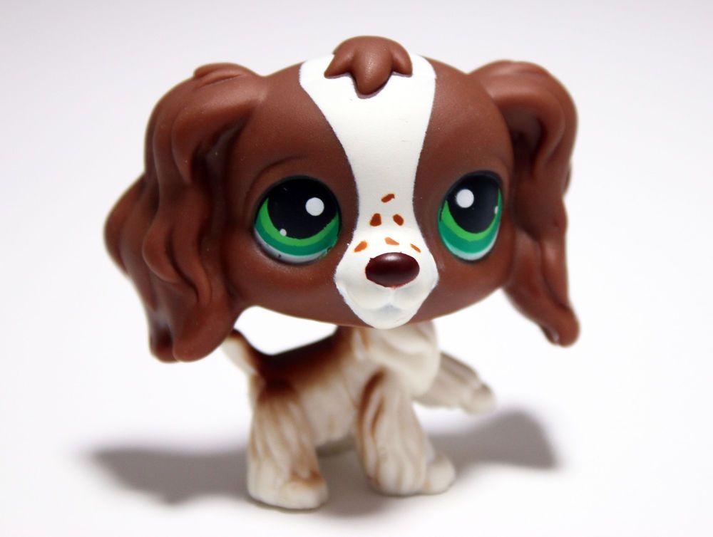 Littlest Pet Shop 156 White Cocker Spaniel Dog Freckles Green Eyes