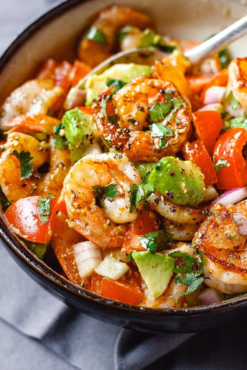 Easy Shrimp Avocado Salad with Tomatoes images