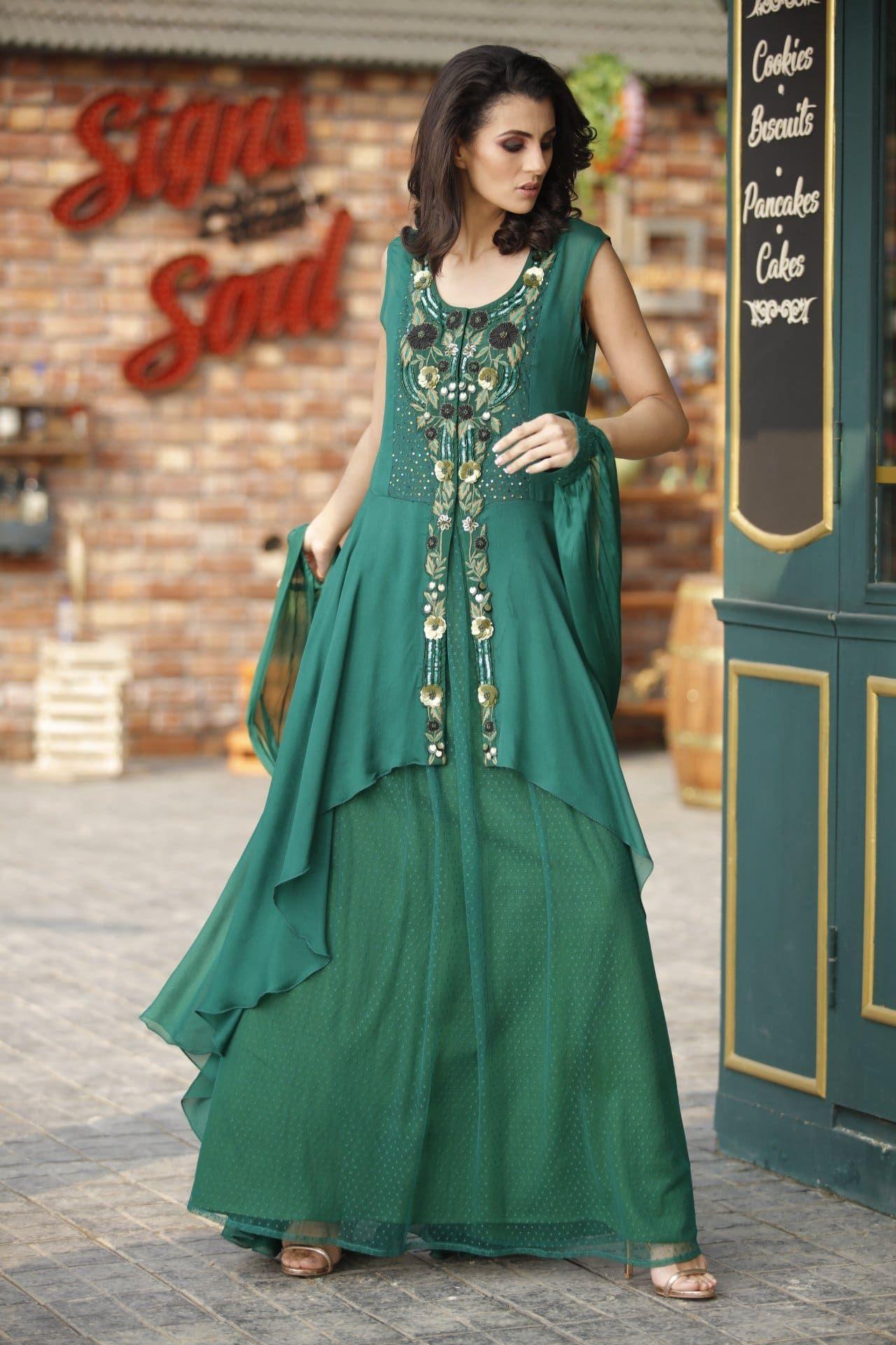 فستان طويل بدون أكمام مع شال Fashion Saree Sari