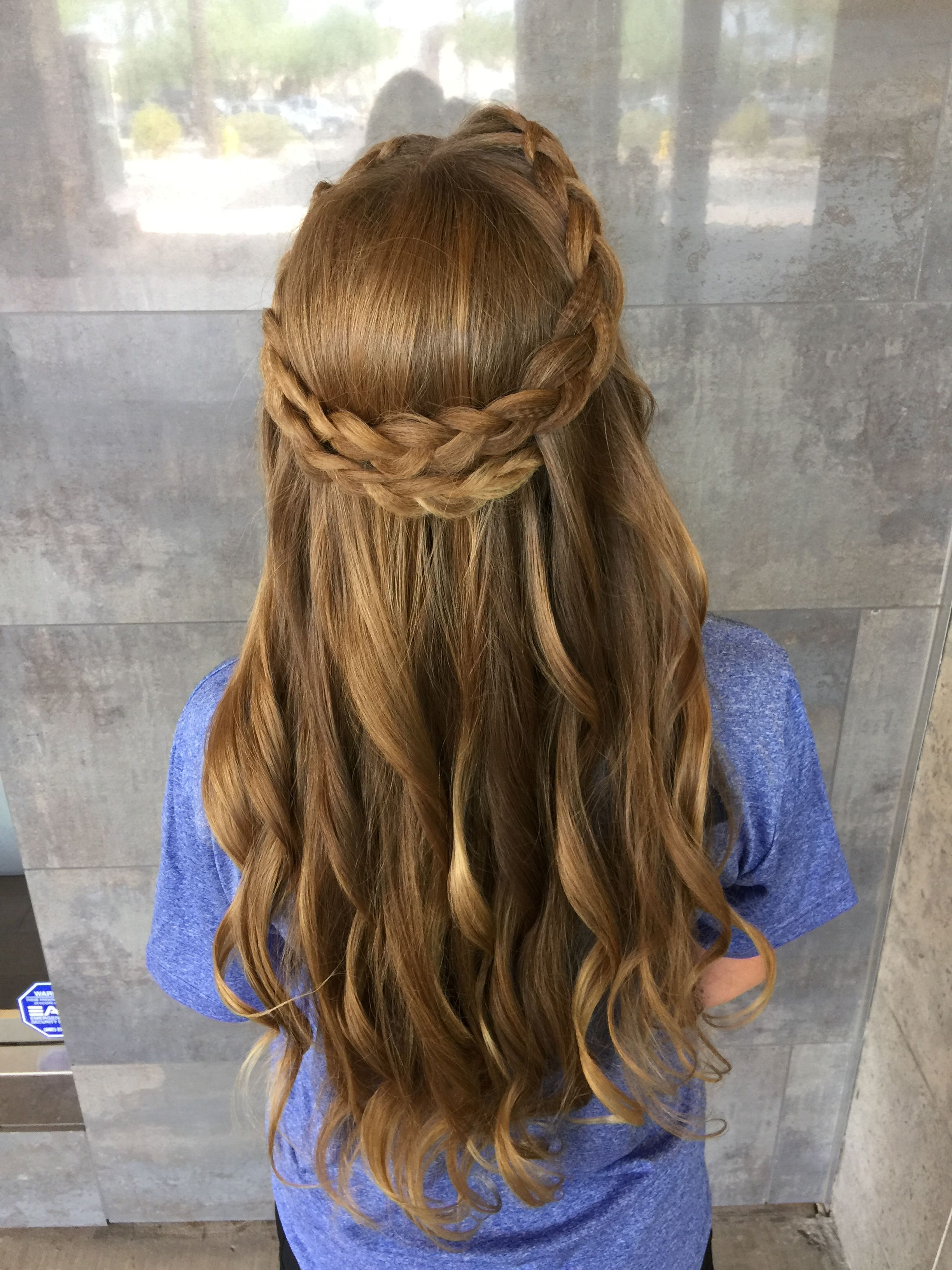 Pin by hailey kujanson on homecoming hairstyle pinterest