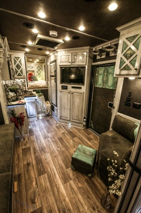 Horse Trailer Gallery » Outback Customs