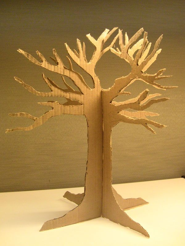 Theme De Decoration Pour Creche Arbre En Carton | P-e | Pinterest