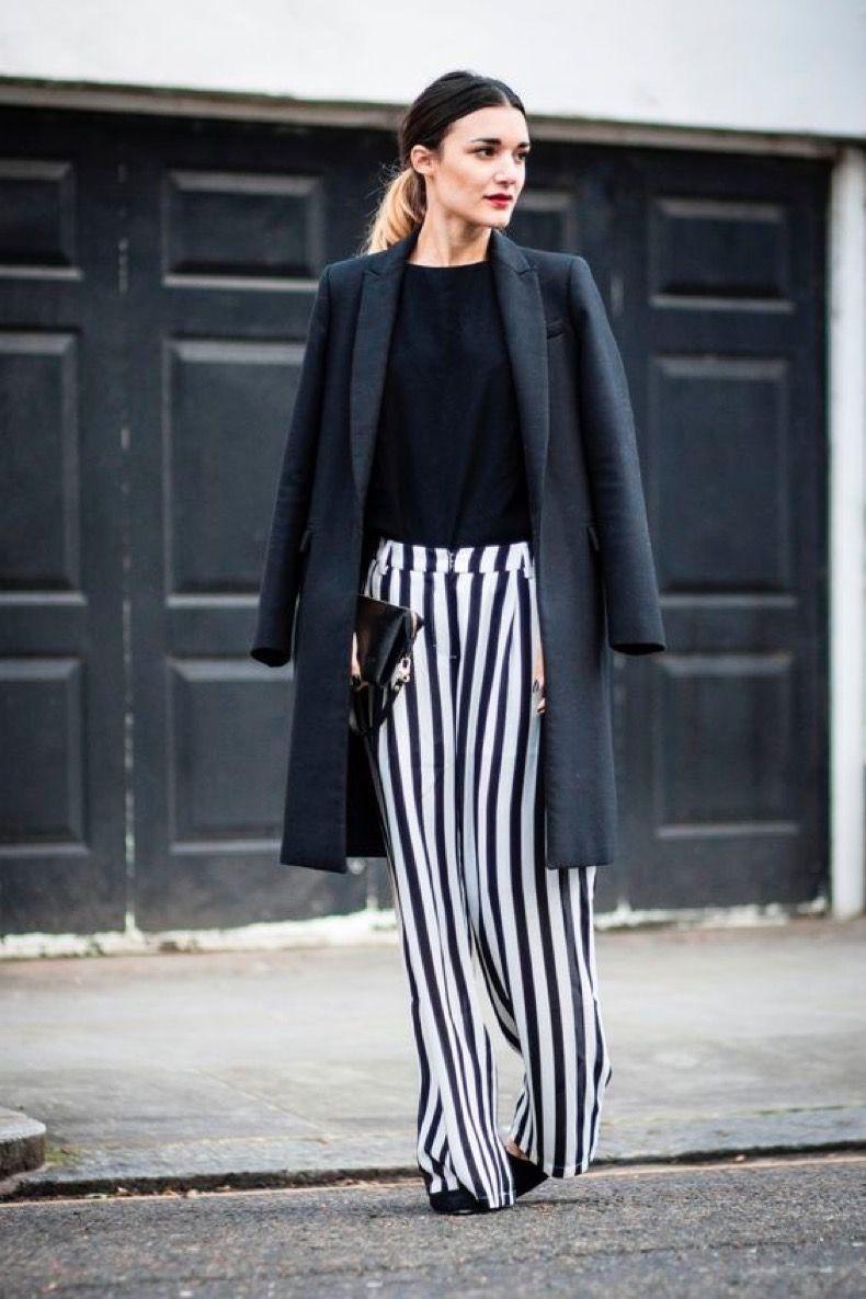 Mas De 20 Imagenes De Inspiracion Para Usar Pantalones Rayados En Invierno Pantalones Anchos De Vestir Como Parecer Mas Delgada Camisa De Moda