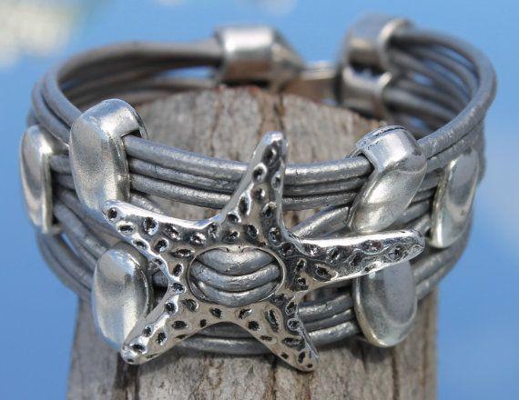 wide multistrand Bracelet with starfish von myDemimore auf Etsy