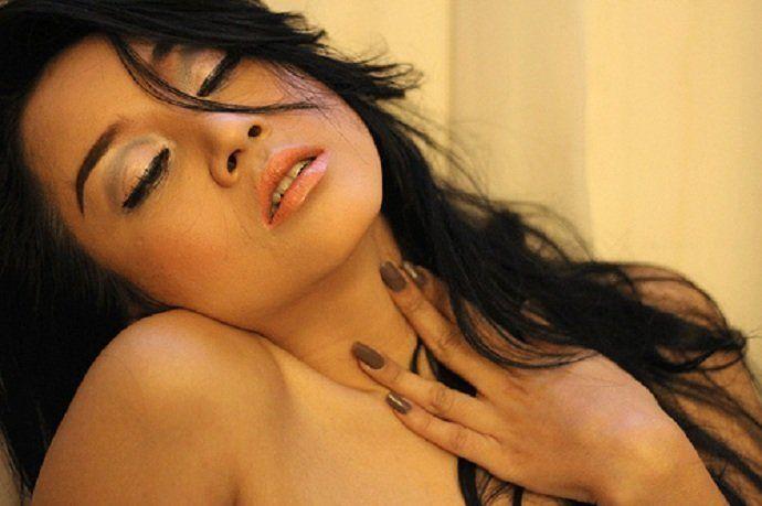 Koleksi Foto Sarah Ardhelia Terbaru Paling Hot Berpose Super Seksi Sarah Ardhelia Seorang Model Yang