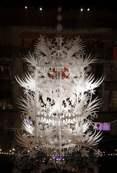 Tord Boontje - Forest Chandelier, Christmas 2007, Canal City Hakata, Fukuoka, Japan.