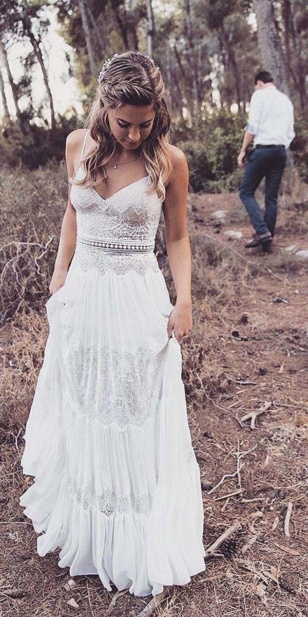 21 Fantastic Lace Beach Wedding Dresses #weddings