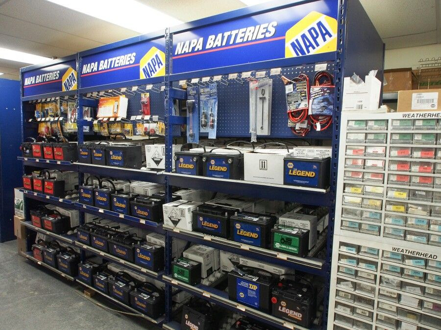 Napa Auto Truck Parts Store Truck Parts Display In 2019 Auto Body Repair Auto Parts