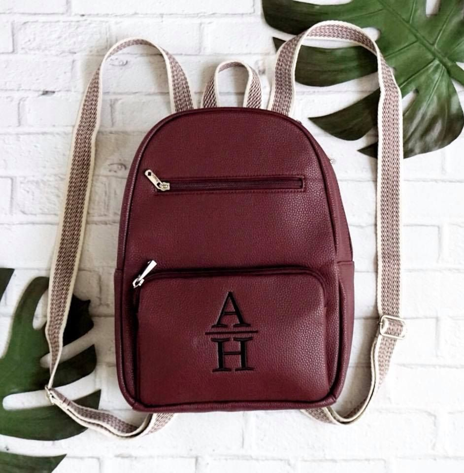 6427054e7 Merlot Thirty-one Boutique Backpack! Debuting early to July 2018 hostesses,  available to all August 1, 2018