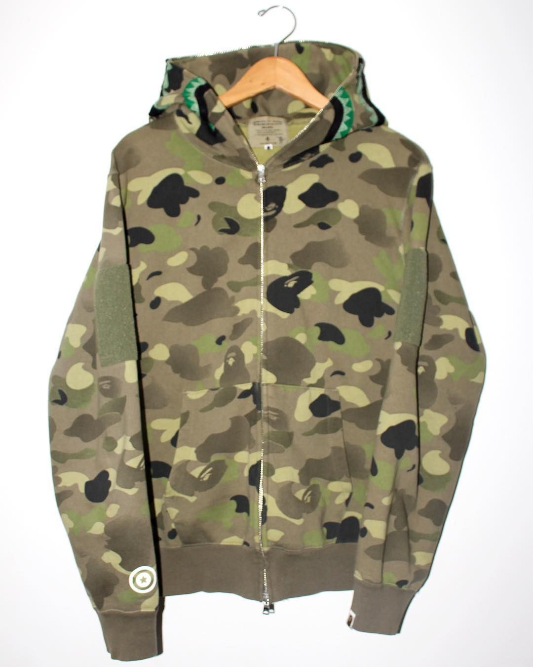 0edf6c9ed289 BAPE GREEN GRADIENT CAMO NYC EXCLUSIVE SHARK HOODIE AW2010 Bape Shark  Hoodie with NYC Exclusive gradient