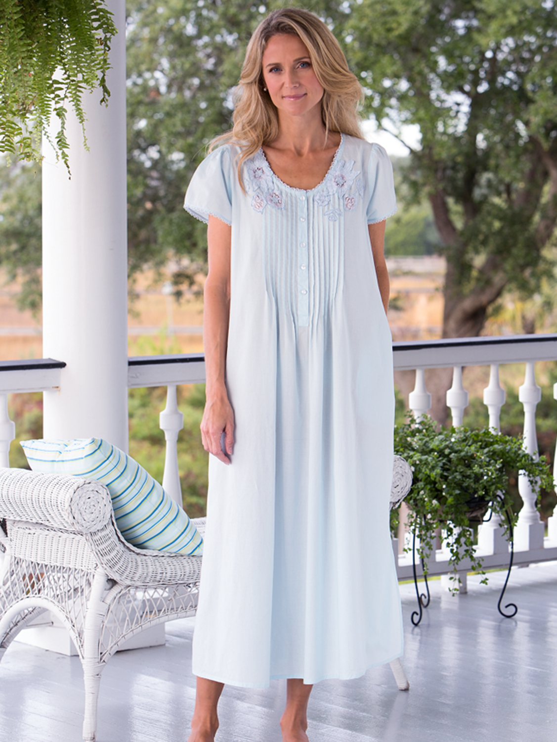 Lace and Floral Cotton Nightgown | Nightgown