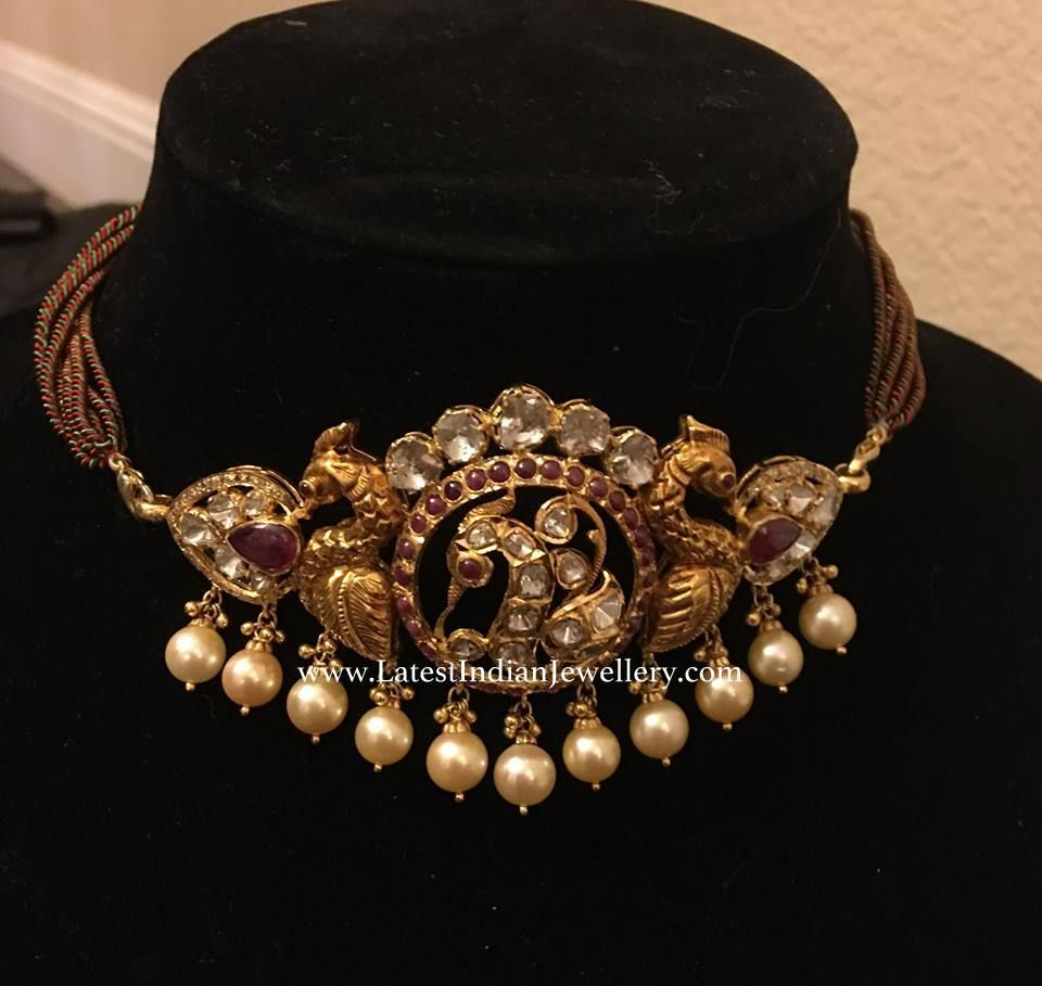 Gorgeously Designed Simple Antique Gold Nakshi Choker In