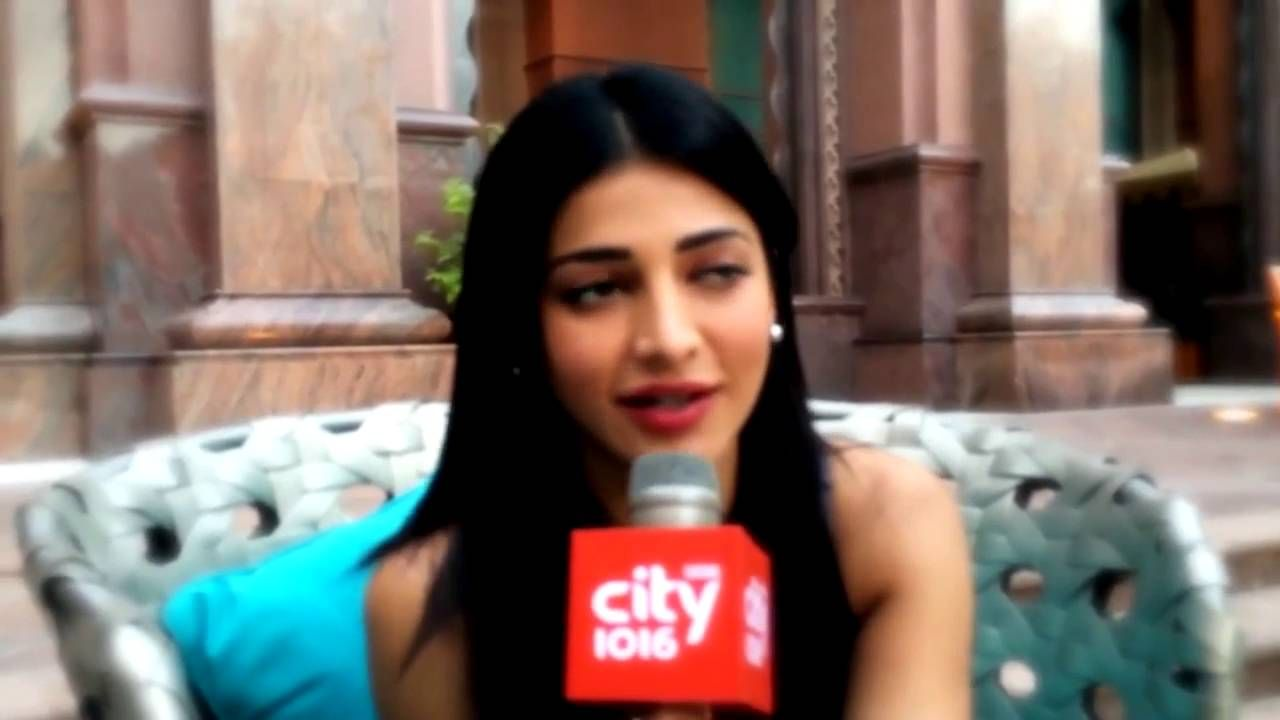What Shruti Hassan Said in her Exclusive Interview | Videos ...