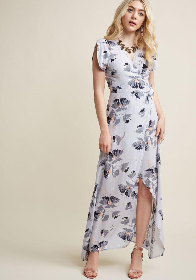 Itus a Long Flowy Maxi Wrap Dress Fashion Pinterest Maxi