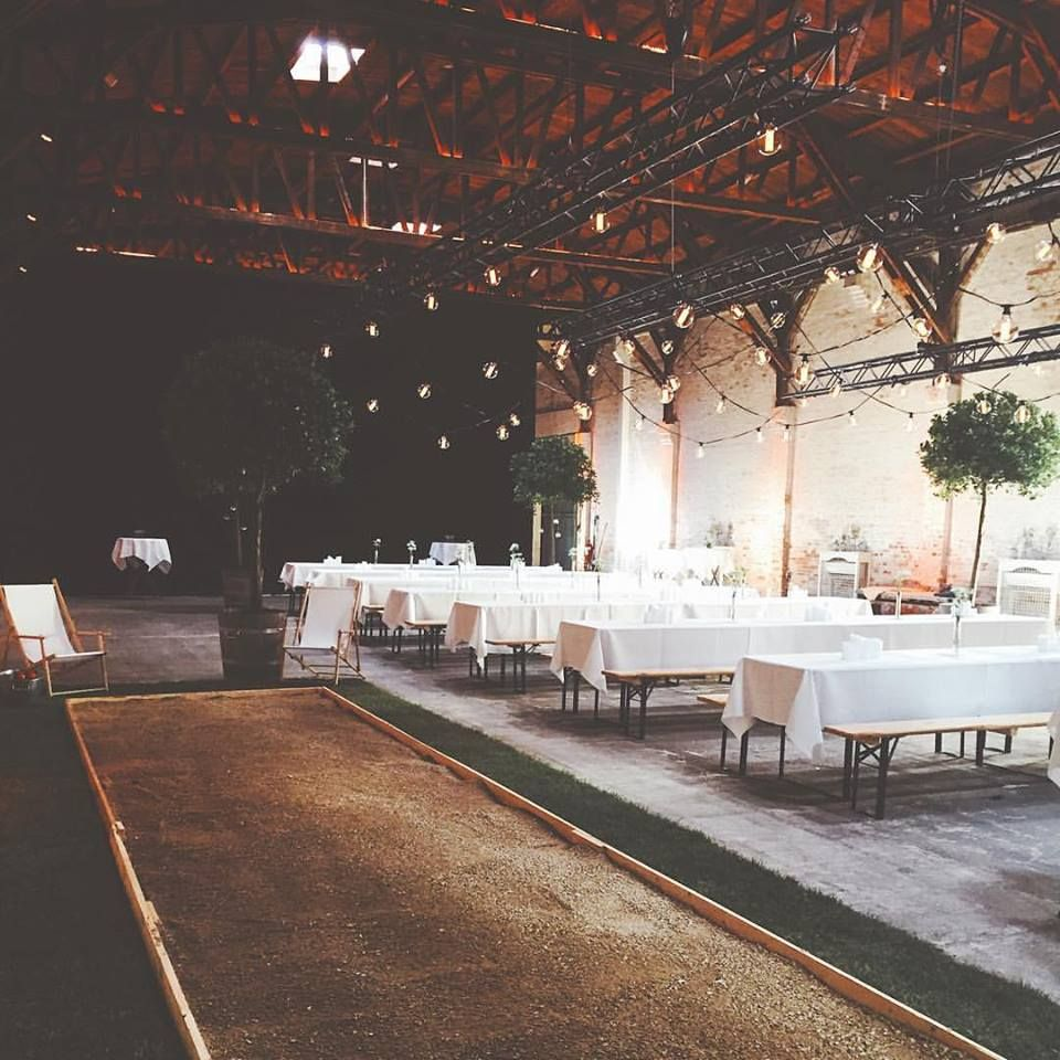 If the weather is rainy, just have the gardenparty inside and create a cosy space with trees, petanque and bulbs