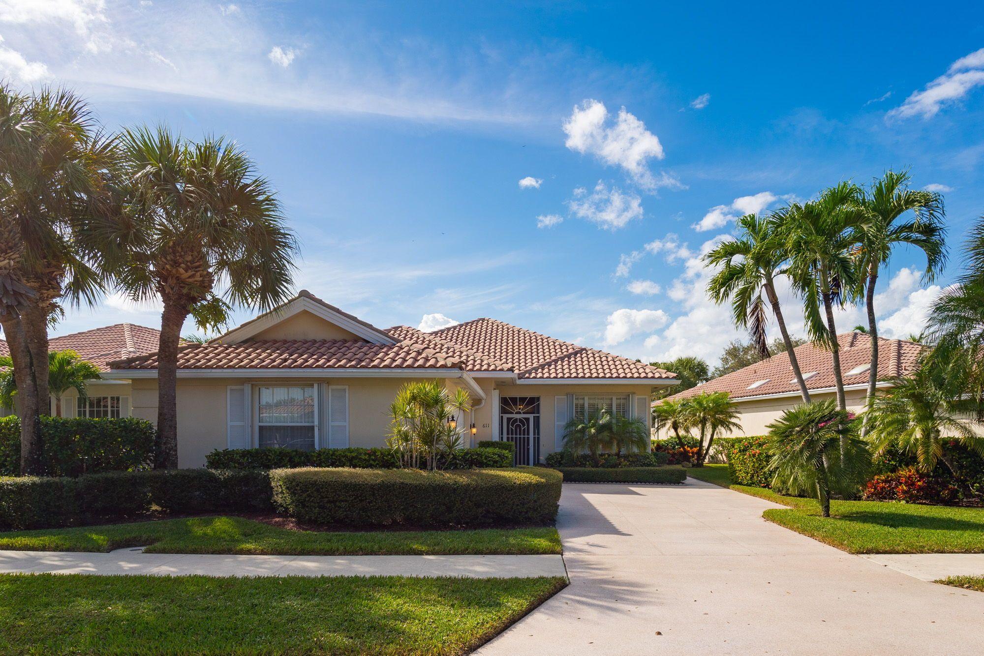 05c40e62536d39538fe56dff95d5a32e - Alton Palm Beach Gardens Site Plan