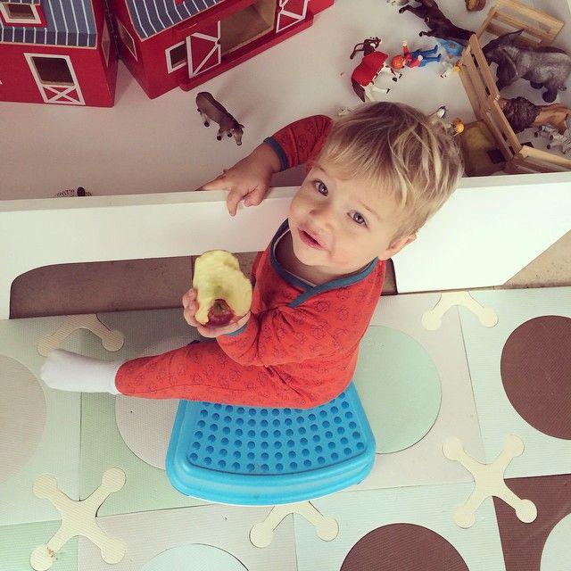 Zondag josdag. #playmobil #schleich #snot #appeltje