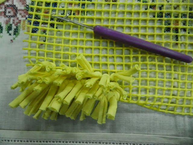 Artes anas alfombra de trapillo con nudo a mano o con for Como hacer alfombras a mano