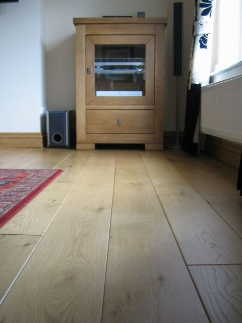 Select Rustic Solid Oak Flooring 7 Long Length Boards To Create The Minimalistic Look This Floor Has Been Treated With Satin Oil