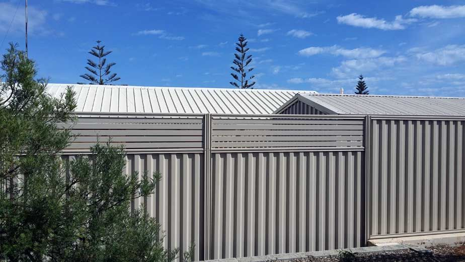 Bensons Contracting Fencing And Gates Limestone Walls Licenced Asbestos Removal Backyard Plan Fence Fencing Gates