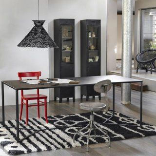tapis berb re un style un tapis tapis kilim style industriel et industriel. Black Bedroom Furniture Sets. Home Design Ideas