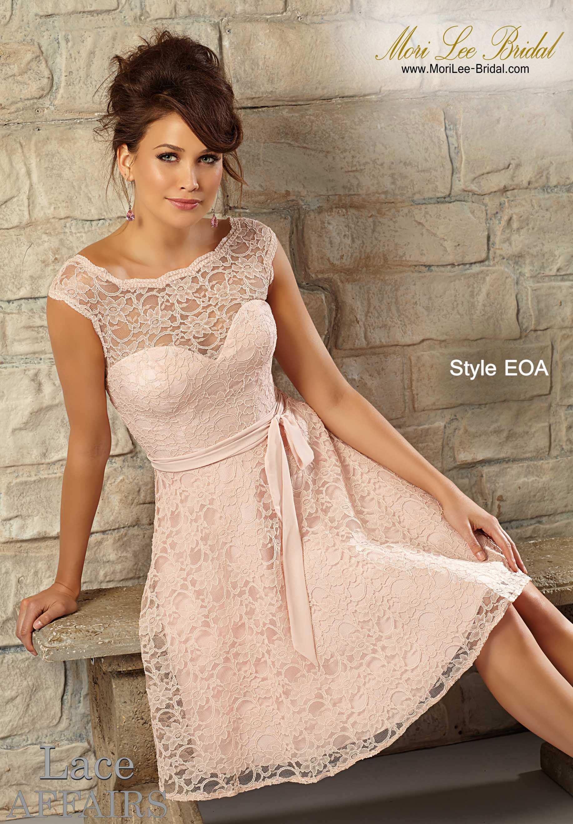 Knee Length Lace Wedding Dresses with Pink