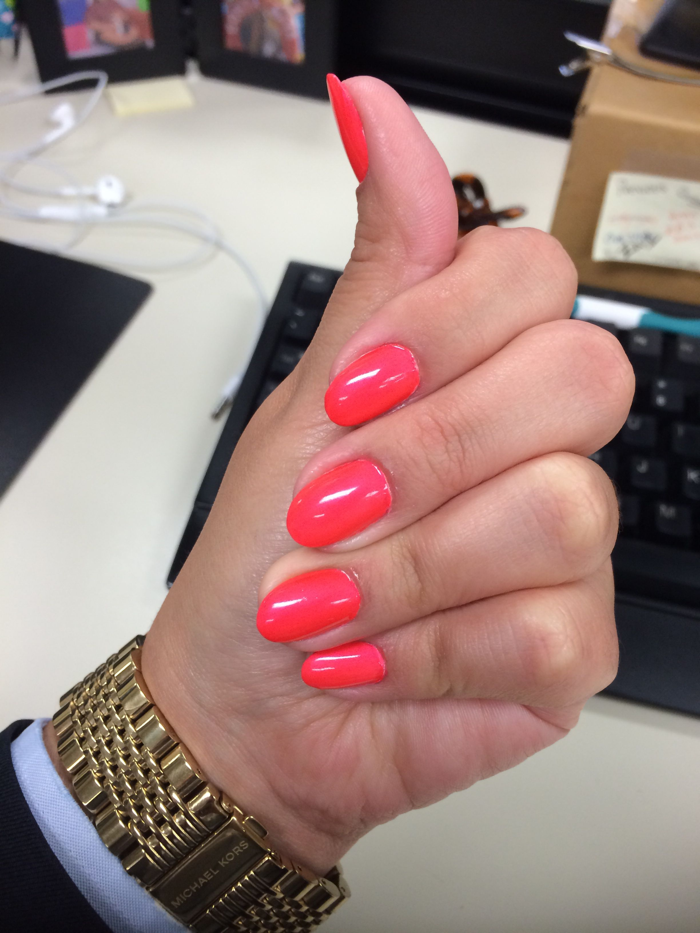 Opi Neon 2014 Down To The Core Al Short Almond Nails Natural Nails Almond Nails Short Almond Nails Trendy Nails