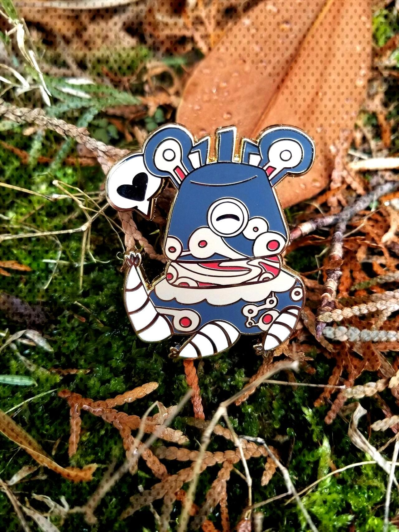 Chibi Breath of the Wild Guardian Pin made by thetallgrass -
