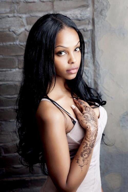 Beautiful asian girl naked