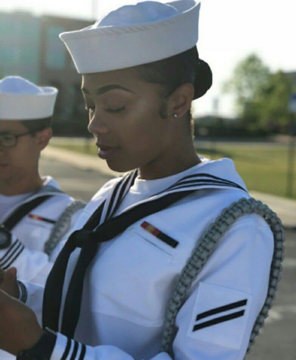 Pin Chantia128 Militaire Feminin Uniforme