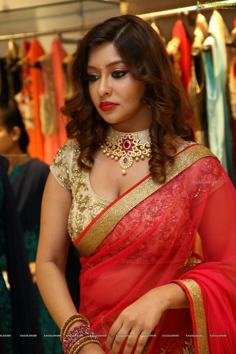 You Indian bhabhi saree for